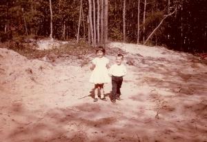 Pammy & Teddy standing0002
